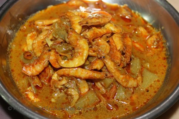 How to make chingudi sukhua tarkari dry prawn curry for Dry fish recipe