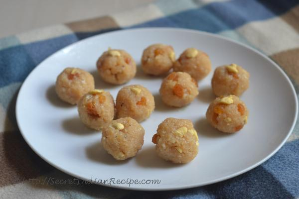 photo of naralache ladu/ coconut ladoo without khoya (fresh coconut sweet)