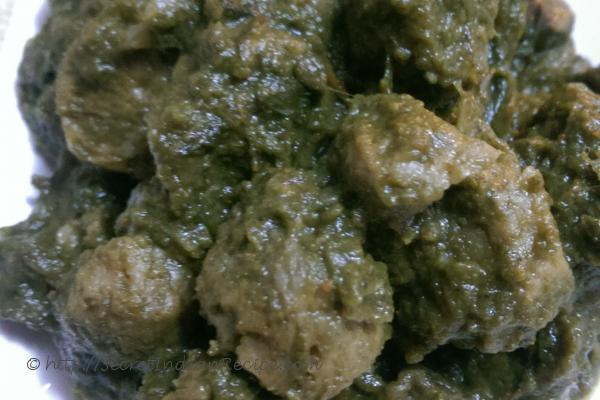 photo of palak soya bean curry