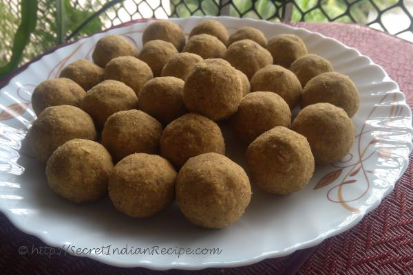 photo of whole mung dry dates ladoo