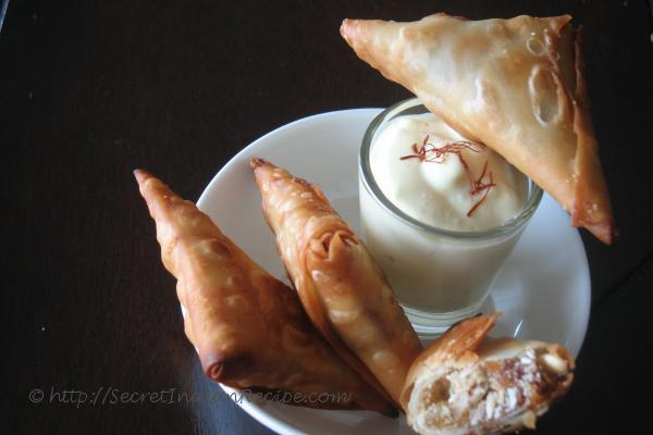 photo of Mitta samosa ( Sweet Samaosa)