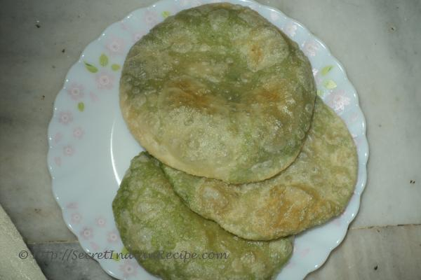 image of Hare Matar ki kachori ( Green Pea kachori)