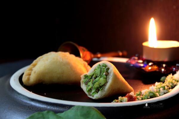 photo of palak karanji - a maharashtrian sweet prepared with a twist.