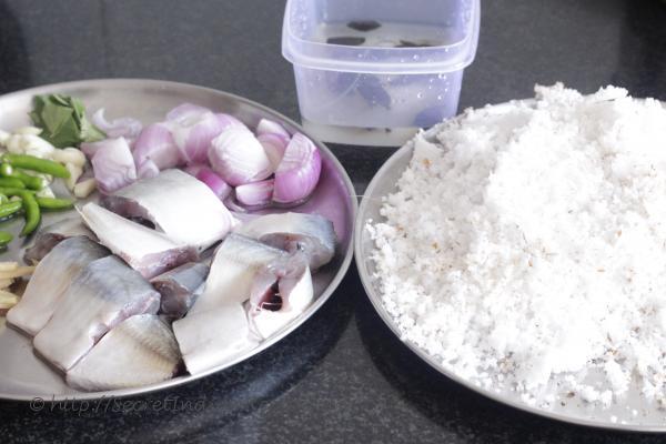photo of  ingredient of thenga aracha ayla curry