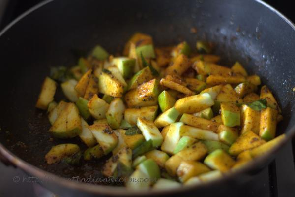 photo of achar in pan
