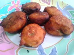 Punagulu (Dosa batter fritters)