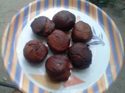 Undan pori ( Kerala style wheat flour fritters)