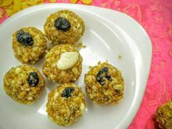 photo of Crunchy healthy ladoos
