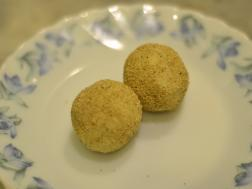 photo of Kolkata Special Posta Sandesh (Poppy seeds coated Bengali sweet)
