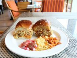 photo of dabeli