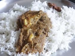 photo of thenga aracha ayla curry (mackerel in coconut gravy)
