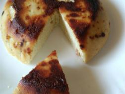 photo of steamed chhena poda
