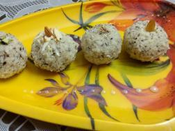 photo of Nariyal Laddoo