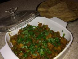 Picture of fried potato bhaji