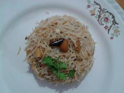 Sweet& Sour vermicelli with roasted cashewnuts
