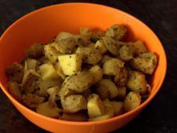 photo of soya kilanku poriyal (soya chunks and yam stir fry)